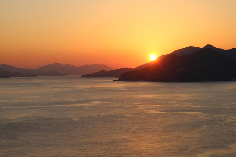 しまなみ海道、大三島の夕日