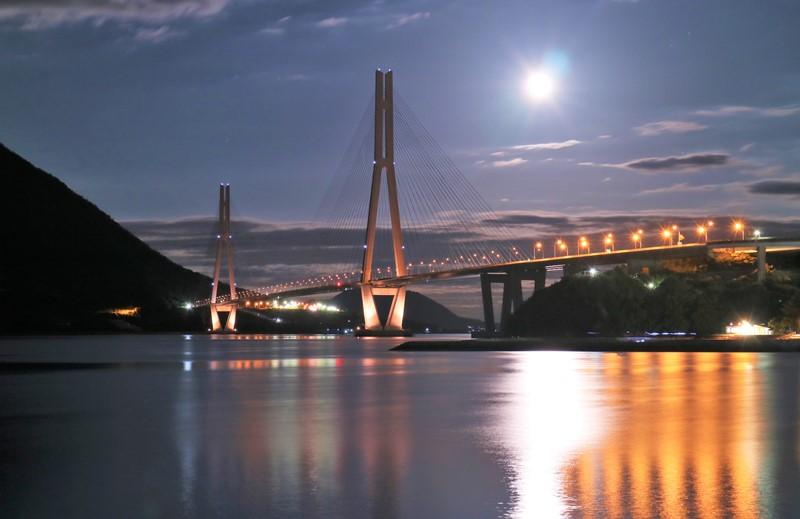 しまなみ海道、多々羅大橋の夜景