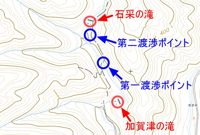 「加賀津の滝」と「石采の滝」の位置関係のマップ
