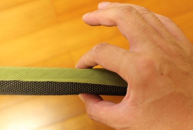 イスカ コンフィマットレスは厚みが3.2cm