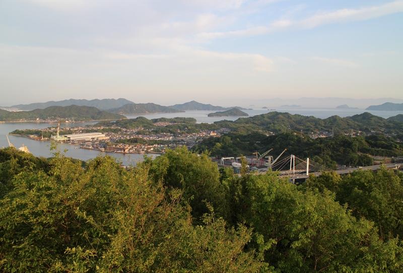浄土寺山展望台から内海方面を望む