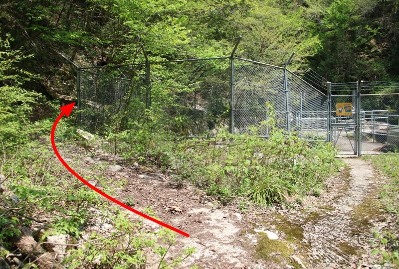 盆徳滝への道のり