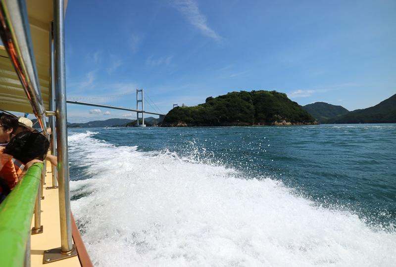 来島海峡急流観潮船からの景色