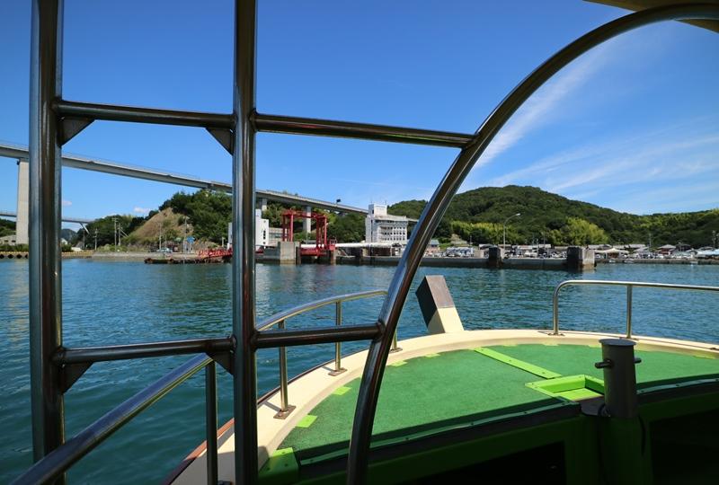 下田水港に帰る観潮船