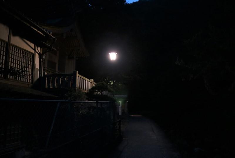 妹背の滝、夜の大頭神社