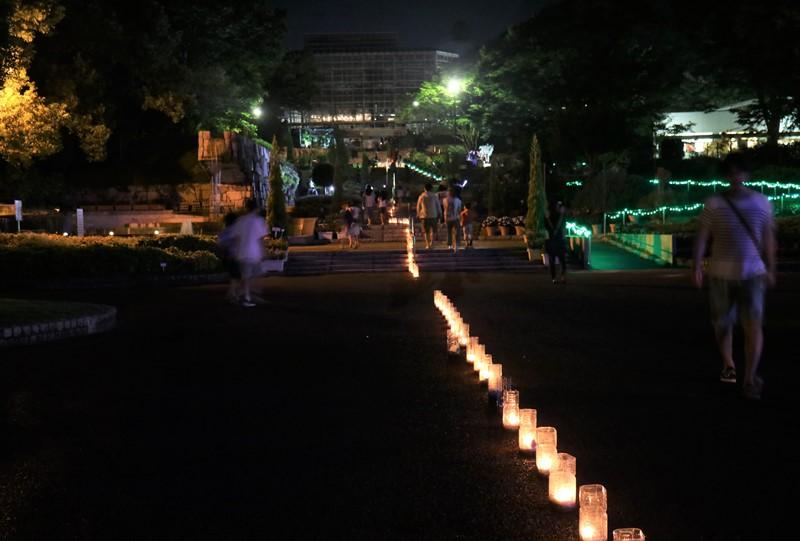 「花と光のページェント」ペットボトルキャンドル(広島市植物公園)