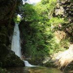 『岩井谷の大龍頭』誰もが見れるわけではない秘境の滝!!(佐伯区湯来町)
