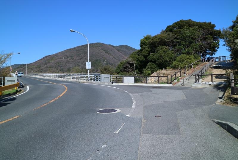 上関大橋、砲台跡(台場)の駐車場