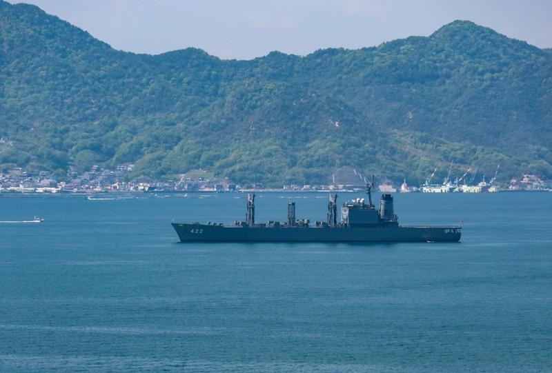 自衛隊の船