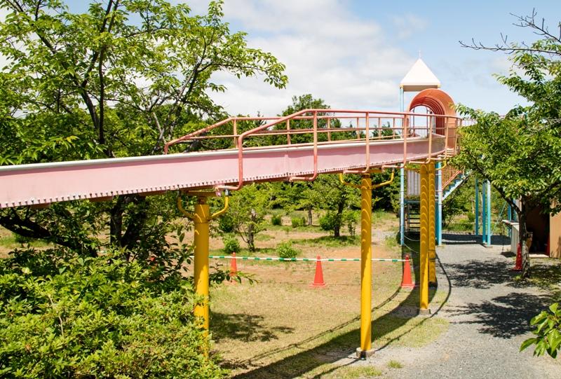 蜂ヶ峯総合公園、ローラーすべり台のスタート地点