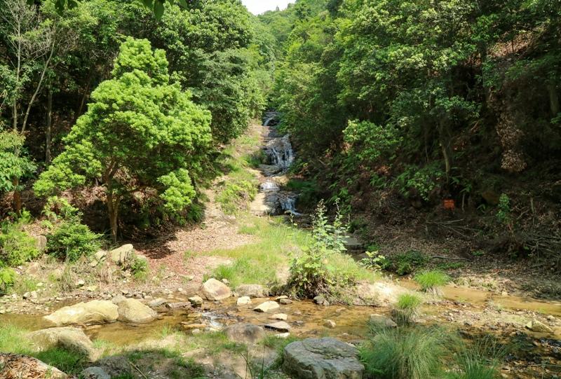 水分峡、草摺の滝(くさずりのたき)