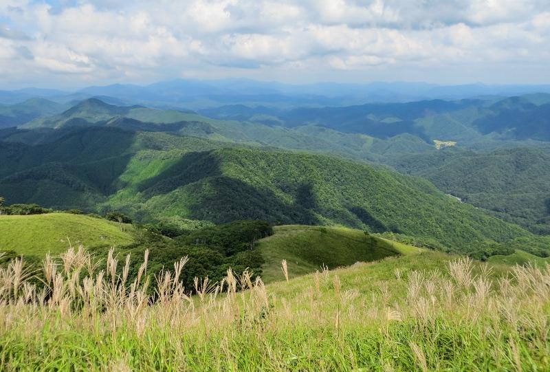 深入山、山頂からの眺望