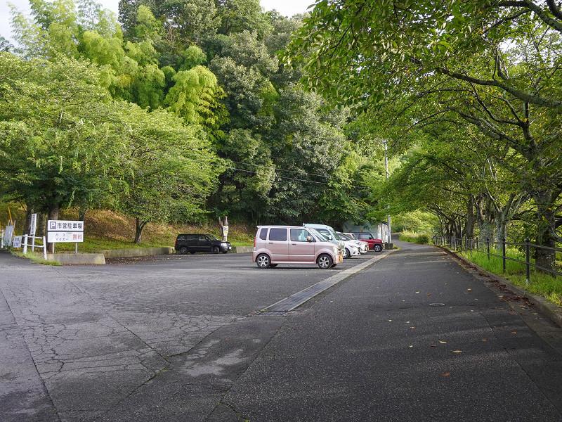 府中公園の駐車場